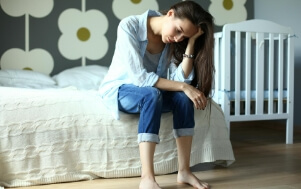 Foto mulher cansada - Microfisioterapia